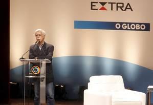 José Pacheco na Mesa Plenária Grandes Tendências para a Transformação da Educação Foto: Marcelo Piu / Agência O Globo