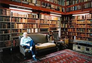 Quando foi doada à USP, brasiliana do bibliófilo era avaliada em US$ 25 milhões: colecionador cruzava o mundo inteiro atrás de obras que desejava Foto: lúcia mindlin loeb / divulgação
