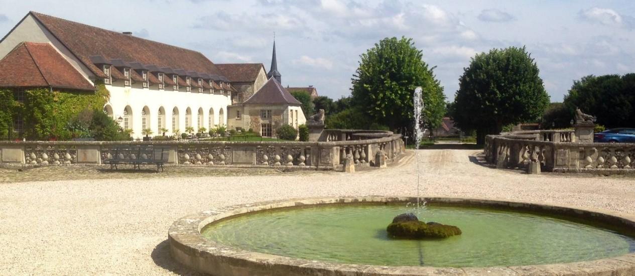 O château d'Étoges em Champagne é uma opção de hospedagem para quem quer aproveitar a temporada de safra Foto: Vivian Oswald / O Globo
