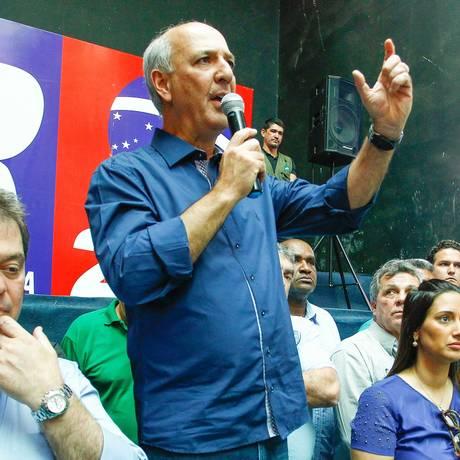 Julgamento no STJ pode afetar defesa de Arruda na 'Caixa de Pandora' Foto: André Coelho/27-08-2014 / Agência O Globo