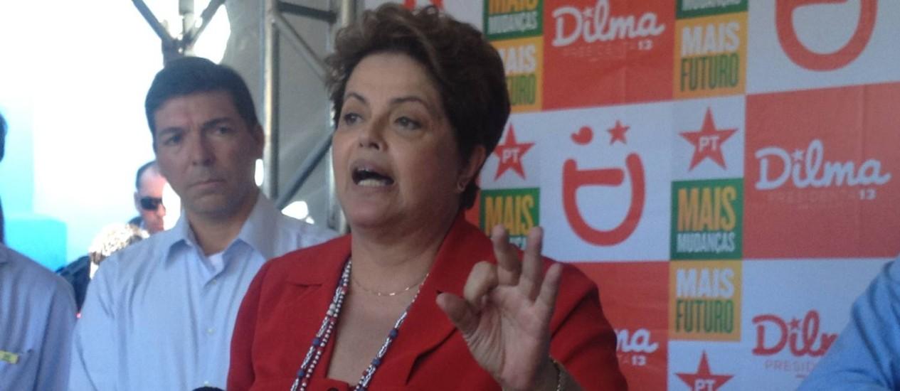 Dilma Rousseff discursa em Belo Horizonte Foto: Agência O Globo / Tatiana Farah