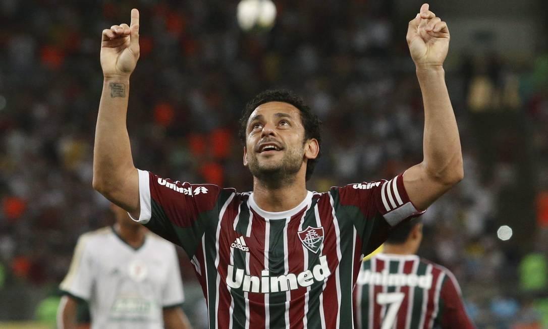Fred comemora um dos dois gols que marcou sobre o Palmeiras no Maracanã Foto: Marcelo Carnaval / Agência O Globo
