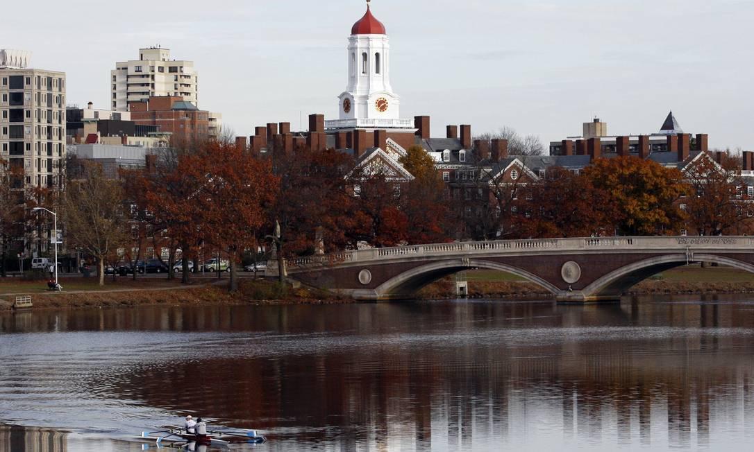 REFILE - CORRECTING SLUG A Universidade de Harvard em meio à paisagem de Cambridge, nos EUA Foto: JESSICA RINALDI / Reuters