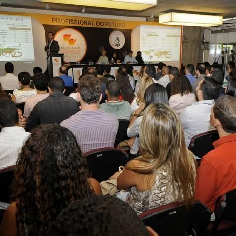 """Qualificação. Participantes do """"Profissional do Futuro"""", que acontece na feira Rio Oil&Gas Foto: Divulgação"""