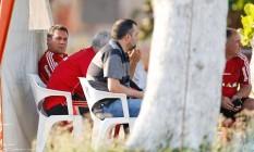 O técnico do Flamengo, Vanderlei Luxemburgo, durante treino no Ninho do Urubu Foto: Alexandre Cassiano / Agência O Globo
