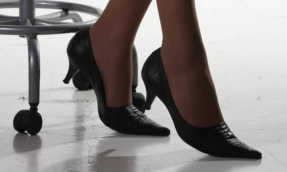 c52ce1033 O sapato ideal para ir trabalhar - Jornal O Globo