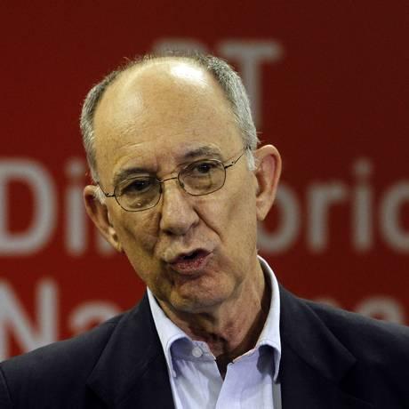 Rui Falcão, presidente nacional do PT Foto: Fernando Donasci / Agência O Globo