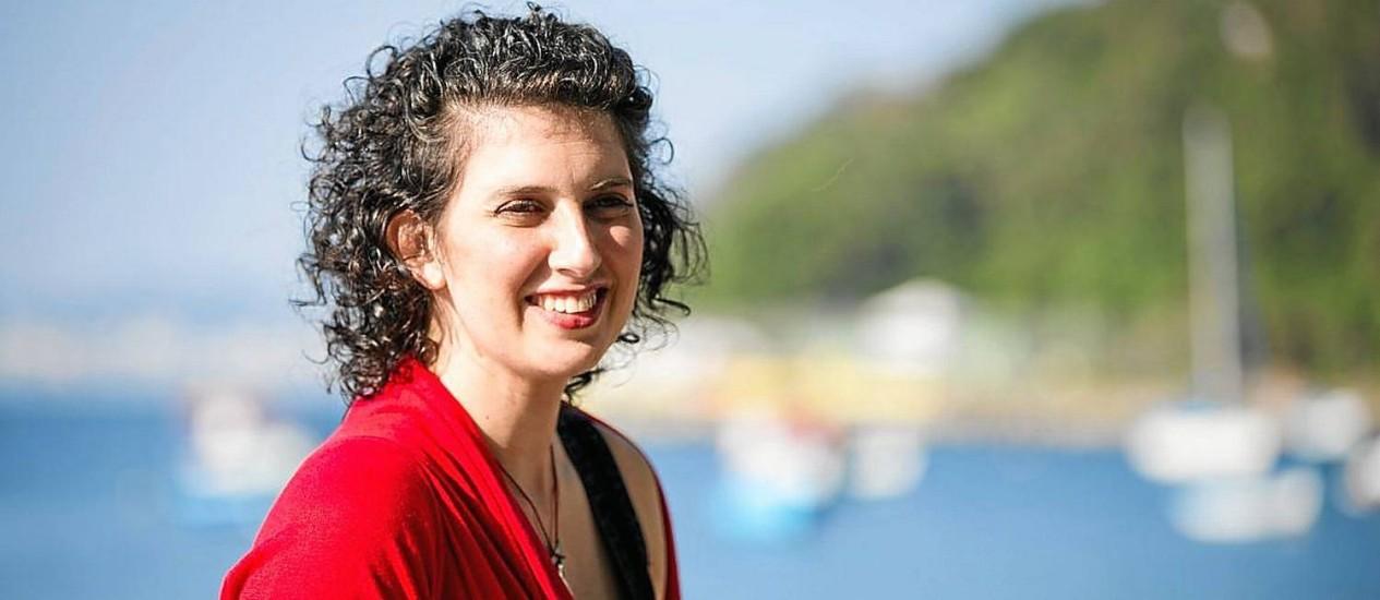 Alexandra Forman conta como é o seu trabalho de ajudar pessoas a escreverem em livro suas histórias Foto: Fabio Seixo / Agência O Globo