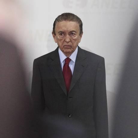 O ministro das Minas e Energia, Edison Lobão Foto: Jorge William / O Globo