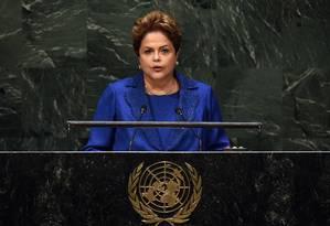 Dilma Rousseff ao discursar na Assembleia Geral da ONU Foto: AFP