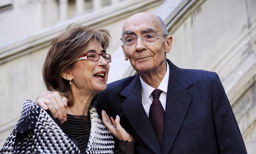 Despedida: Pilar del Rio e Saramago Foto: PIERRE-PHILIPPE MARCOU/AFP/2-11-2009