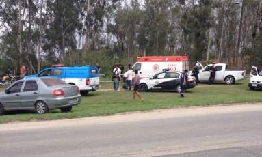 Ambulância atende aluna atacada nas próximidades do campus da UFRRJ Foto: Divulgação/ Ellen Mariane