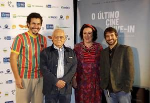 Os atores Breno Nina, Othon Bastos e Rita Assemany, do elenco de