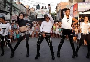 Cena do filme 'Favela gay', de Rodrigo Felha Foto: Divulgação