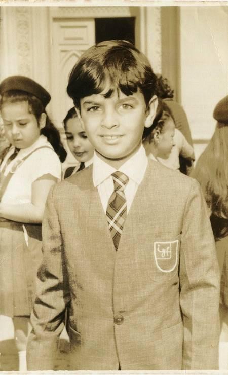 Aécio aos 9 anos com o uniforme do Instituto Zilah Frota Foto: Arquivo pessoal / Arquivo pessoal
