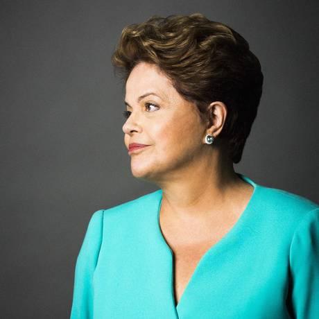 Retrato da Presidente e candidata Dilma Roussef Foto: Fábio Seixo / Agência O Globo