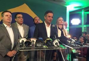 Confirmado no segundo turno, Aécio Neves dá coletiva e agradece eleitores Foto: Twitter / Reprodução