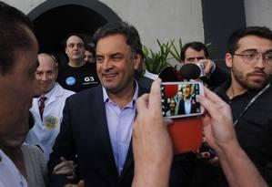 Aécio diz que país está preocupado com 'monstros do presente' Foto: Fernando Donasci / Agência O Globo