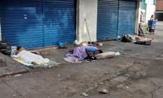 O mau cheiro na rua tem incomodado os moradores do bairro Foto: Foto da leitora Carla Gouvêa