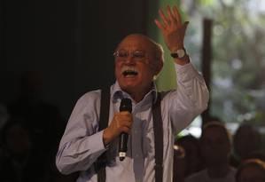 PSB deve liberar filiados para apoiar Dilma ou Aécio, diz Roberto Amaral Foto: Fernando Donasci/30-09-2014 / Agência O Globo
