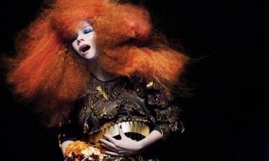 A cantora e produtora Björk Foto: Divulgação