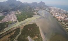 A Lagoa da Tijuca é uma das mais prejudicadas pela poluição e assoreamento Foto: Terceiro / Mario Moscatelli