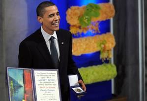 Até Obama se mostrou surpreso ao receber o prêmio Foto: Jewel SAMAD / Agência O Globo
