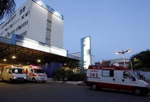 Hospital Municipal Salgado Filho: com a saída de 18 médicos em dois meses, subsecretário municipal de Saúde vai à unidade ajudar no atendimento a pacientes Foto: Fernando Quevedo / Agência O Globo