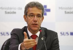 O ministro da Saúde, Arthur Chioro, em entrevista coletiva neste sábado Foto: Jorge William