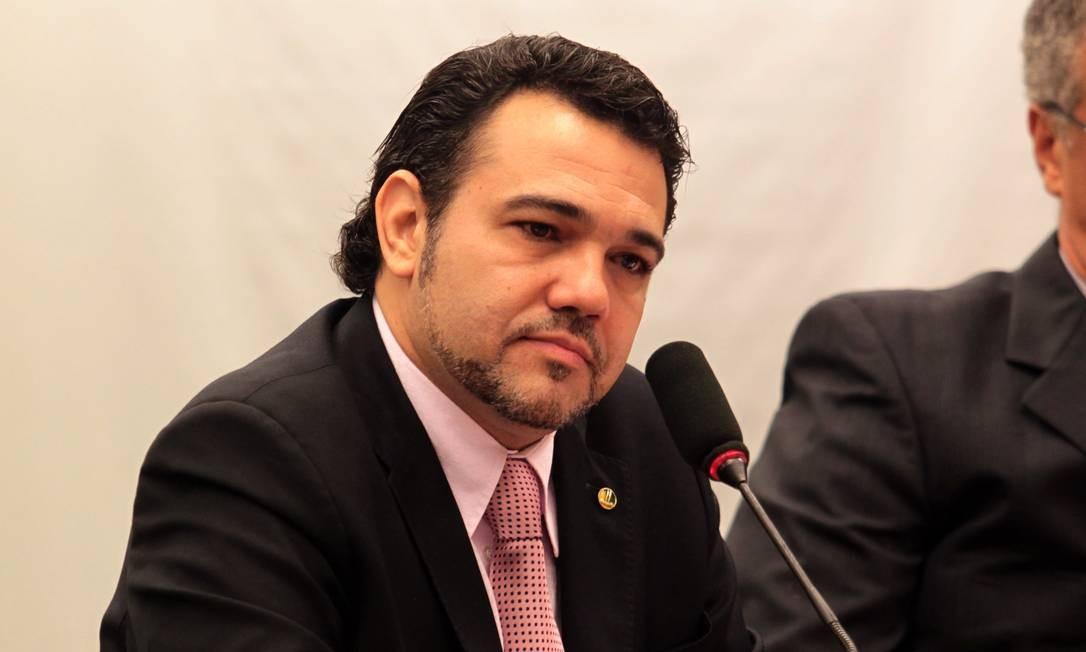 Pastor Marco Feliciano (PSC): 3º deputado mais votado em São Paulo, com 398 mil votos. Responde a inquérito no STF sobre funcionários fantasmas. No último despacho, em setembro de 2014, o ministro Celso de Mello autorizou a PGR a ouvir o depoimento de um ex-funcionário. Foto: Givaldo Barbosa/18-04-2013