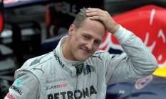 O alemão Michael Schumacher está se recuperando em casa. Segundo jornalista francês, lesão no cérebro do ex-piloto foi causada pela câmera GoPro no seu capacete Foto: YASUYOSHI CHIBA / AFP