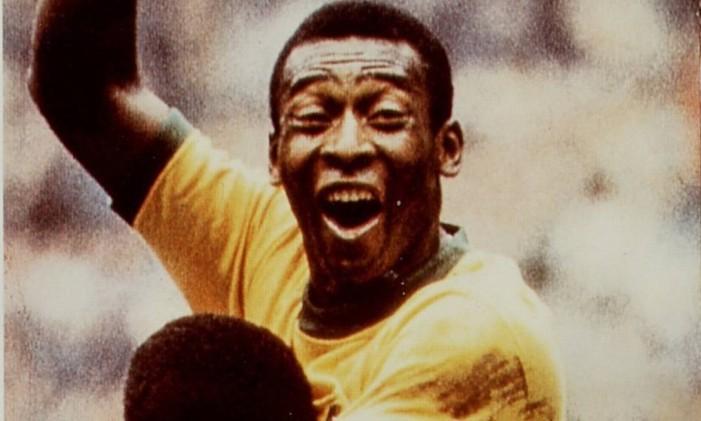 Pelé comemora um gol na Copa de 1970 Foto: Arquivo