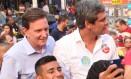 Crivella faz agenda de campanha ao lado de Lindbergh e Clarissa Garotinho, em Nova Iguaçu Foto: Divulgação