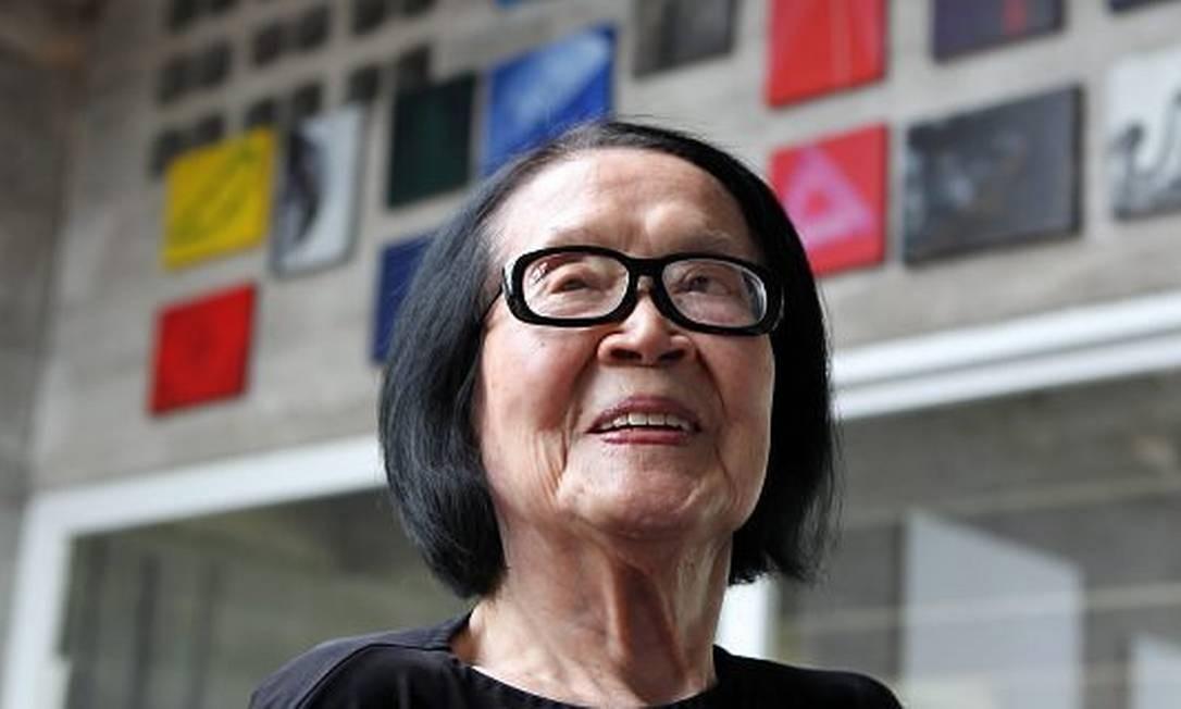 A artista plástica Tomie Ohtake em foto de 2014 Michel Filho / O Globo