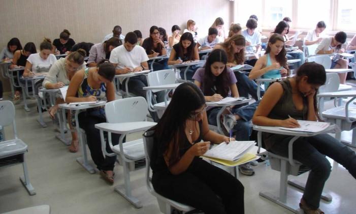 Candidatos fazem a prova do Enem Foto: Agência O Globo