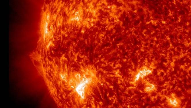 O Sol visto pelo Observatório de Dinâmica Solar (SDO) da Nasa: axions, hipotética partícula candidata a compor a misteriosa matéria escura, etariam sendo produzidos dentro da nossa estrela Foto: Nasa