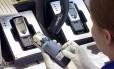 Uso de materiais que colocam em risco o meio ambiente vem diminuindo nos celulares desde 2006