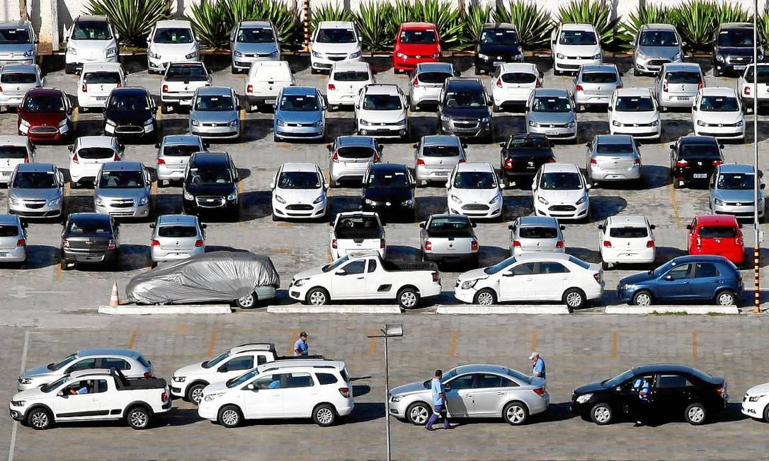 Segundo o Ministério do Trabalho, entre janeiro e setembro, foram registrados 14.624 pedidos de lay off, sendo que 34,4% são do setor automotivo Foto: PAULO WHITAKER / REUTERS