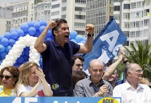 Aécio faz campanha no Rio Foto: Gustavo Miranda / Agência O Globo