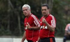 Luxemburgo reclamou da longa viagem que o time terá que fazer até Manaus para jogar o clássico contra o Botafogo em uma reta final de Brasileiro decisiva para o Flamengo Foto: Cezar Loureiro / O Globo