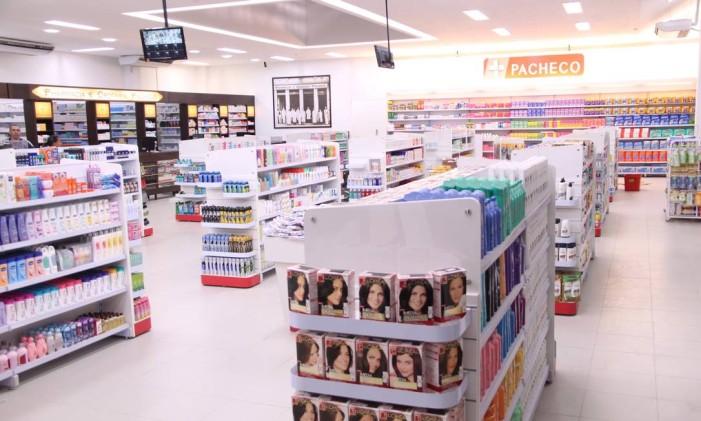 A primeira loja da Drogaria Pacheco, na Rua dos Andradas Foto: Divulgação/18-10-2011
