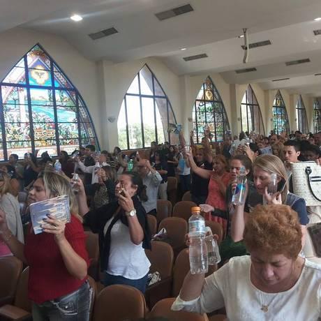 Culto de domingo na sede da Iurd na Barra da Tijuca Foto: Reprodução Facebook