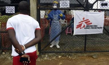 Centro do Médicos Sem Frontreiras em Monrovia, capital da Libéria Foto: PASCAL GUYOT / AFP