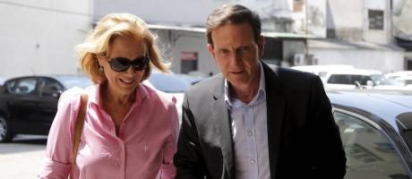 O candidato ao governo do Rio Marcelo Crivella e a mulher Sylvia Jane Foto: Pablo Jacob / Agência O Globo