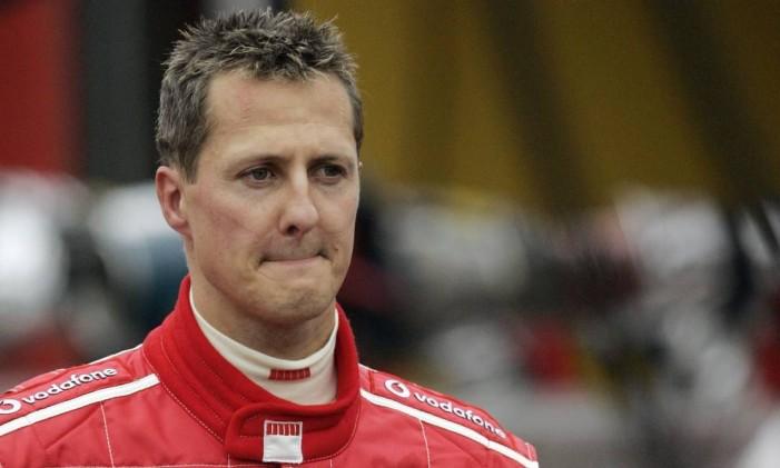 Michael Schumacher em foto de setembro de 2005: médico dá prazo de até três anos para recuperação após acidente de esqui Foto: YVES LOGGHE / AFP