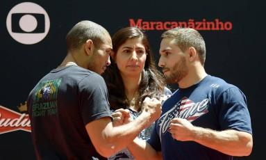 No Maracanã, em dia de treino aberto para imprensa, o campeão dos penas do UFC, José Aldo, e o desafiante, Chad Mendes Foto: Alexandre Loureiro / Inovafoto/UFC - Brasil
