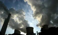 Fumaça sai de usina térmica a carvão na Alemanha: acordo inclui busca de fontes de enegia menos poluentes Foto: Wolfgang von Brauchitsch / Bloomberg News
