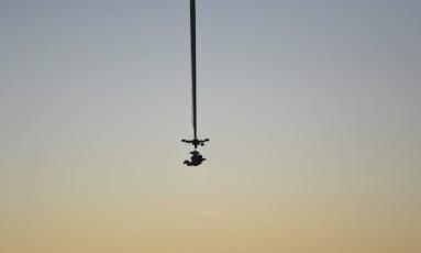 O executivo do Google Alan Eustace quebra o recorde mundial de queda livre nos EUA Foto: J. MARTIN HARRIS PHOTOGRAPHY / NYT