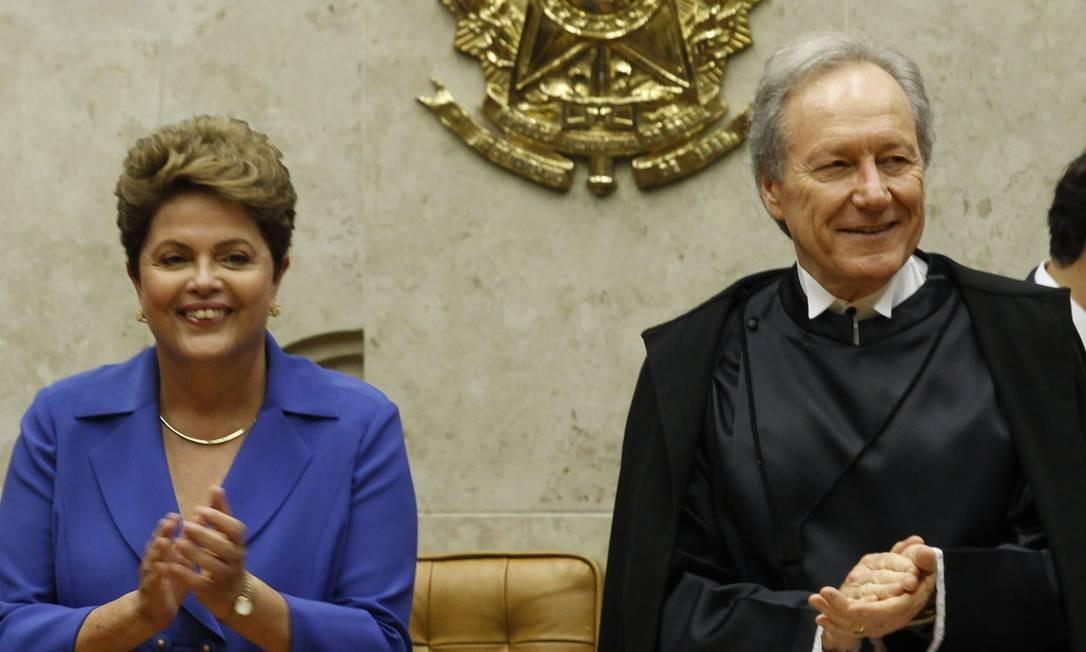Em setembro deste ano, Dilma participa da cerimônia de posse do novo presidente do Supremo Tribunal Federal, Ricardo Lewandowski Foto: Jorge William / Agência O Globo