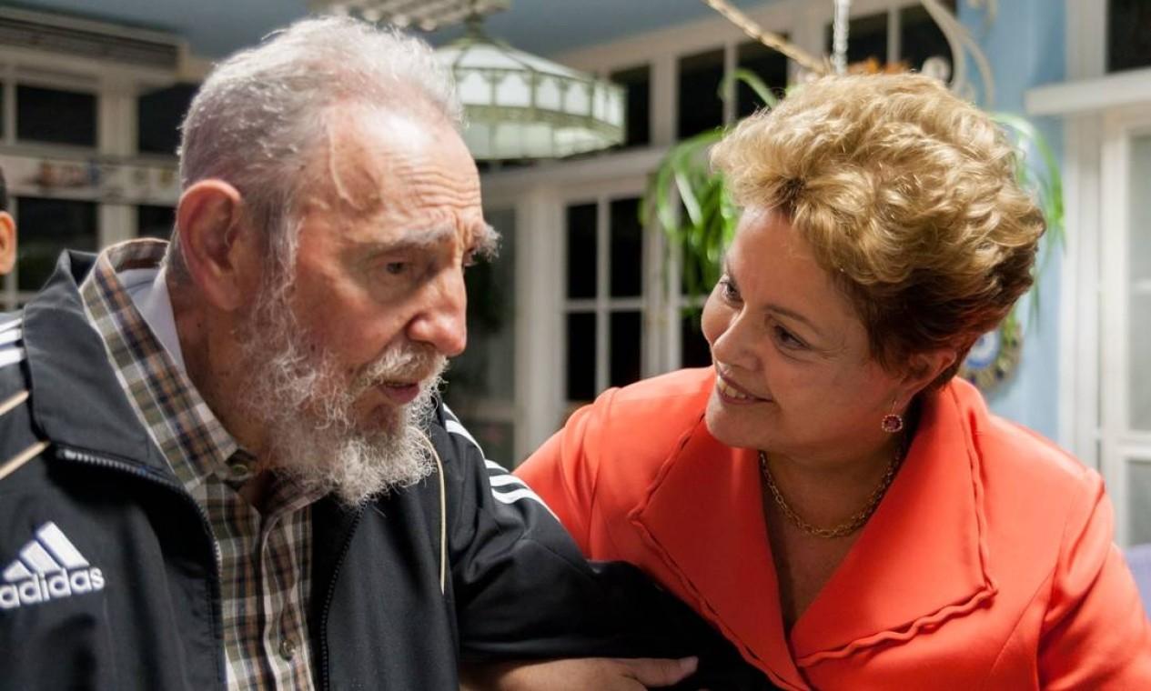 Encontro de Dilma e Fidel Castro em janeiro de 2014, em Havana, Cuba Foto: ALEX CASTRO / AFP